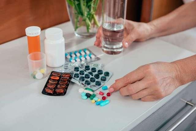 Взаимодействие лекарств с пищей