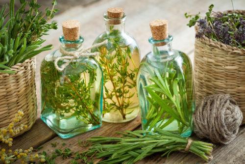 Лучшие травы и эфирные масла в составе косметики